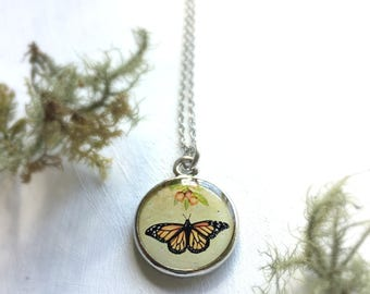 Beautiful Monarch Butterfly Necklace, Monarch Necklace, Nature Jewelry, Beautiful Nature Necklace, AA Butterfly, Milkweed Flower Necklace