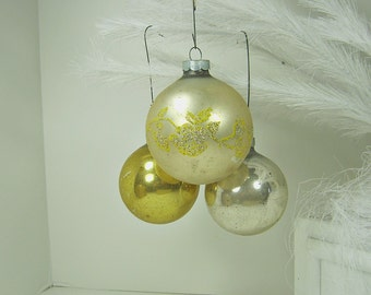 Vintage MERCURY Glass ORNAMENTS Set/6 White Gold Glitter Christmas Tree