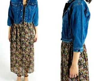 Vintage 1980s or 1990s Medium Wash Denim Three Quarter Sleeve Cropped Shrunken Tiny Fit Jean Jacket Size XS Extra Small