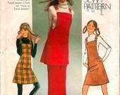 Mod Vintage 1970s Simplicity 9525 How To Sew Mini Bib Jumper and Wide Leg Pants Sewing Pattern B36 W27
