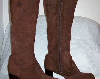 Vintage Ladies Brown Suede Leather Knee High Boots Size 7 1/2 Only 15 USD