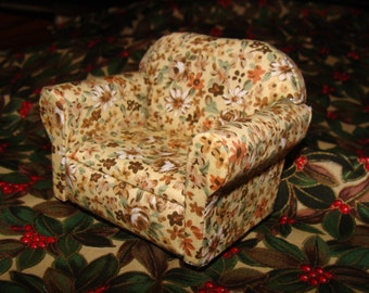 "Chair for Dollhouse,  1""=12""  Ivory Floral Print"