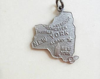Vintage New York Charm Wells Sterling SIlver