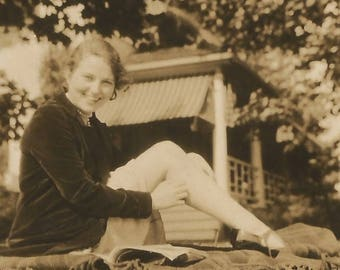 "Vintage Snapshot ""Pretty Paula"" Leggy Girl Reading Found Vernacular Photo"
