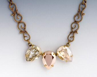 Gold Swarovski Crystal Neckace, Gold Rhinestone Necklace, Crystal Rhinestone Jewelry, Swarovski Necklace, Nickel Free Jewelry Brass, Garaitz