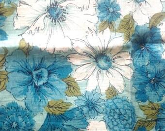 Vintage linen tea towel Parisian Prints blue flowers NOS unused floral print