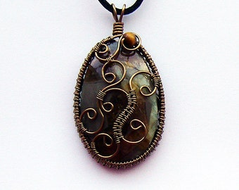 Viserion Dragonstone Wire Wrapped Pendant