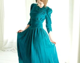 Vintage 1930s teal dress, velvet midi, puffed shoulders, formal ruching, S 1940s turquoise shirring