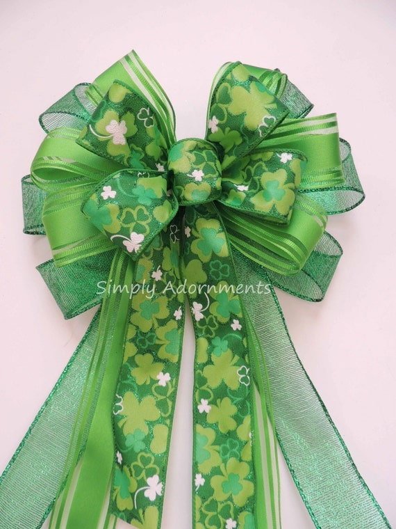 St. Patrick Party Decor Kelly Green Shamrock Bow St Patrick's Wreath Bow St. Patrick's Swag Bow Emerald Irish Shamrock Bow Shamrock gift Bow