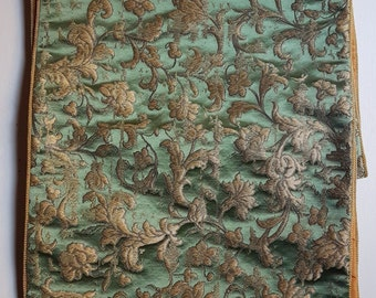 Luxury Table Runner Green & Gold Silk Jacquard Rubelli Fabric  Les Indes Galantes Pattern with Gold Lace Trim - Handmade in Italy