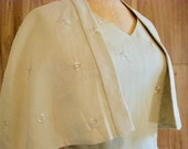 1950s 60s Cream Straight Embroidered Dress with Capelet, Floral Embroidery Cape Shrug Dress, Mother of the Bride
