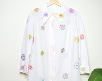 70s embroidered blouse / sheer white vintage polyester shirt