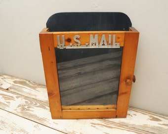 Vintage US Mail Wall Mailbox