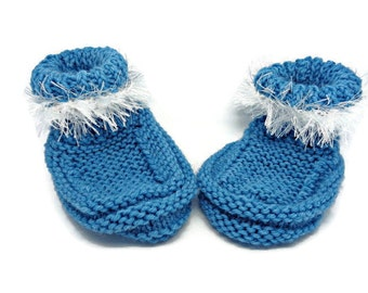 blue bootees, teal booties, fur trimmed bootees, baby shower gift, newborn bootees, blue pram shoes, uk baby items, newborn gift, crib shoes