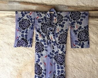 Vintage Japanese kimono with big blue flowers | size M