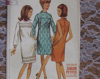 Vintage Simplicity Pattern no.6800 from 1966