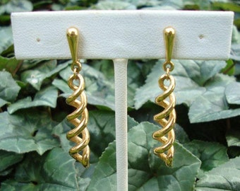 Vintage Trifari Goldtone Double Spiral Dangle Clip On Earrings - Trifari Dangle Earrings - Crown Trifari Earrings - Trifari Clip On
