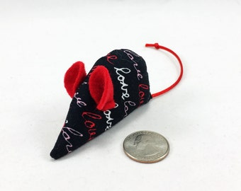 Valentine catnip mouse, love mouse, black red white pink