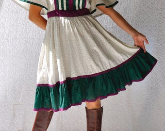 1970s Prairie Dress   Floral Hippie Dress with Pockets. Fit & Flare Boho Dress. Retro Rockabilly Dress. 70s Dress. Cotton Prairie Dress