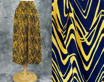 Black and yellow skirt, squiggle pattern, high waist, long length, medium