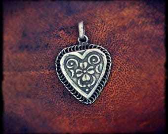 Old India Silver Heart Amulet - Tribal Indian Silver Pendant - Rajasthan Silver Amulet Pendant - Ethnic Heart Pendant