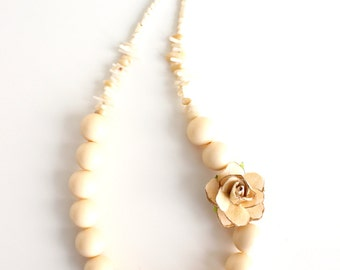 Beige Necklace Ivory Necklace Vintage style jewelry Bridal Necklace Bridesmaids Gift Flower Statement Jewelry Rustic Necklace FREESHIPPING