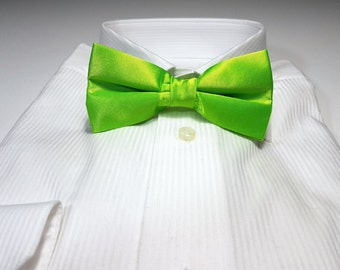Bow Tie in Lime Bright Green Solid