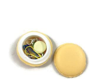 Yellow macaroon stitch marker case, stitch marker case, closing stitch markers, colored stitch markers, crochet stitch markers, knitting