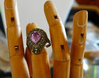 Vintage Judith Jack Marcasite and Amethyst Ring / Sterling Silver / Size 10