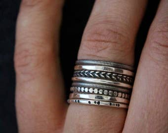 Set of 8 sterling silver stacking rings.Stackable rings.Stacks.Band rings.Silver rings.Skinny rings.Set of rings.
