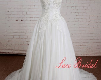 Ivory Lace Wedding Dress with Sweetheart Neckline A Line Bridal Gown with Lace Up Back