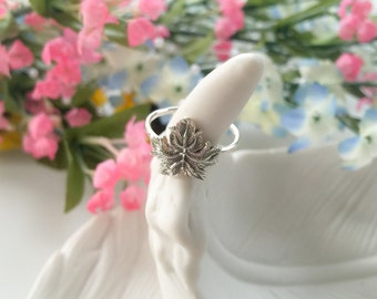 Maple Leaf Ring - Sterling Silver