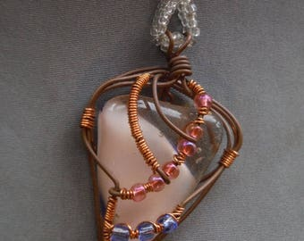 Wire wrapped jewelry Fused glass pendant Gifts for her Wearable art Beaded necklace Handmade jewelry Gecko glass art Copper jewelry Pink Blu
