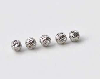 300 pcs Platinum Tone Filigree Ball Spacer Beads Size  4mm A8778