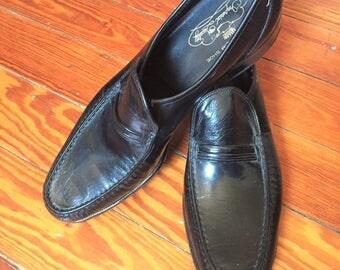 Vintage 70s Near Deadstock Florsheim Imperial Black Loafer 9.5AA
