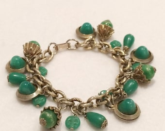 Vintage Small Gold Tone Chain Jade Colored Bead Charm Bracelet Beautiful!