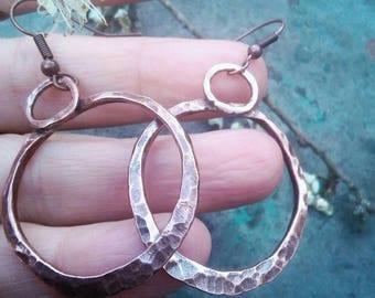 Gypsy Boho Hammered Hoop Earrings. Bohemian Hoops. Boho Copper Earrings. Statement Hoops.