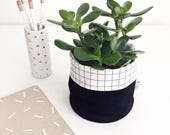 BLACK VELVET BASKET storage / black velvet + grid coton / organizer desk, plants, bathroom, make-up / la petite boite / handmade in Quebec