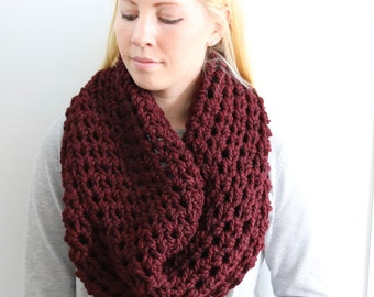 SALE Chunky Knit Cowl | Claret
