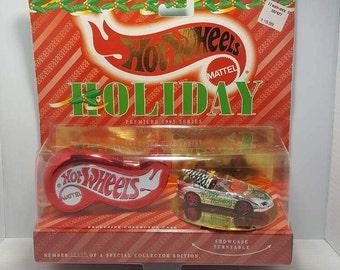 1995 Hot Wheels Holiday Premiere Series Christmas Camaro Car