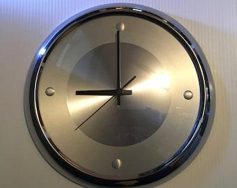 1980s Ichiko sleek and modern wall clock - works perfectly