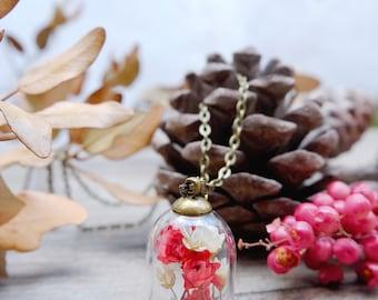 Miniature garden necklace, botanical jewelry, terrarium necklace, dried flowers pendant, vial necklace, glass vial, real flowers necklace
