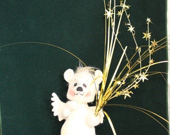 Vintage Annalee Mouse Angel with Gold Halo and Streamers and Stars in Her Hand, White Angel, Annalee Dolls