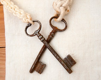 Old key - Two rusty door keys - French door decor - Rustic door - Vintage key - Garden decor