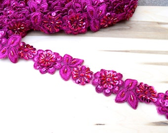 "18"" Magenta Beaded Lace Trim with Sequins. Trove of Opalescent Beading."