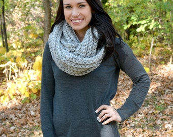 The Elgon Infinity Scarf ∙ Chunky ∙ Grey Marble