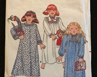 Butterick 4100 - 1980s Little Girl's Nightgown and Robe - Size 4 Chest 23