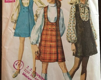 Simplicity 8345 - Double Breasted Jumper with U Neckline and Bow Tie Blouse - Size 10 Bust 32.5