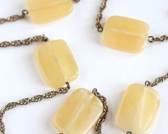 Lucite & Rope Chain Necklace {Vintage 1960's}
