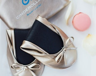 AC Cinderollies bridesmaid gift, bridal party gifts, bridesmaid gift ideas, bridesmaid flats, ballet flat, ballet flats wedding, foldable fl